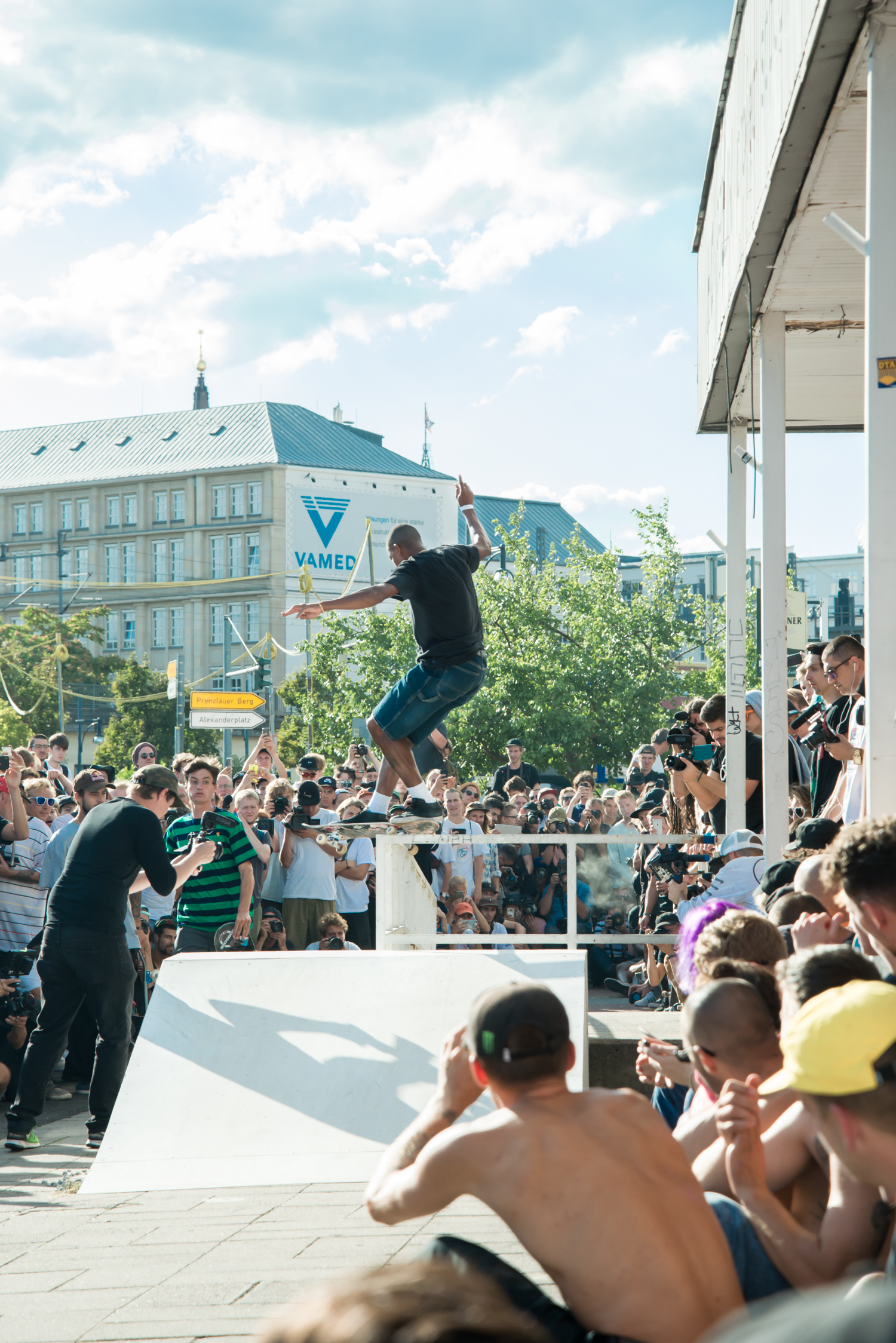 2018.08.11 CPH ishod levis obstacle